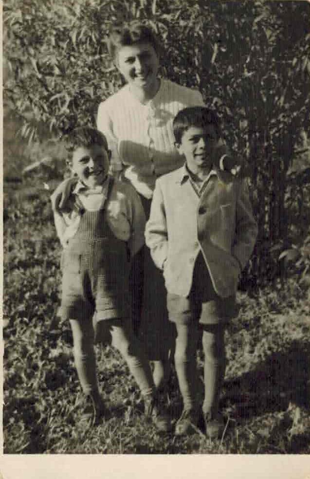Нета со синовите 1949 - 50