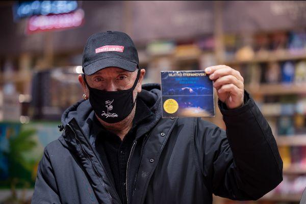 """Албумот на Влатко Стефановски, """"Taftalidze Shuffle"""", номиниран за Европската награда Импала"""